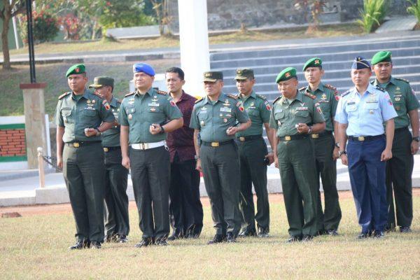 Jelang Kedatangan RI-1 Ke JFC Yonif Raider 509 Kostrad Ikuti Apel Kesiapan Pasukan