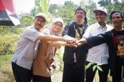 Semen Indonesia Bantu Warga Ponorogo 10.000 Bibit Pohon Karet