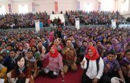 Gus Ipul Beri Motivasi Kebangsaan Mahasiswa Baru Untag Surabaya