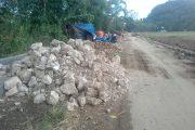 Dana Stimulan Kecamatan Sangalangi Benahi Infrastruktur Jalan