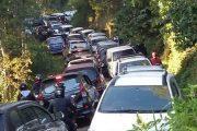 Sopir Angkot Tuding Angkutan Plat Hitam Rugikan Puluhan Sopir Angkutan Kota