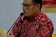 Rektor UNM Membuka PLPG