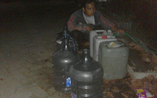 Warga Perumahan Genteng Indah Banyuwangi Keluhkan Krisisnya Air Bersih