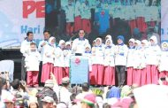 Walikota Harnojoyo dan Ribuan Siswa Peragakan Gerakan Cuci Tangan Pakai Sabun